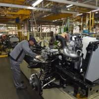 Toyota shuffles model lineup at U.S. factories